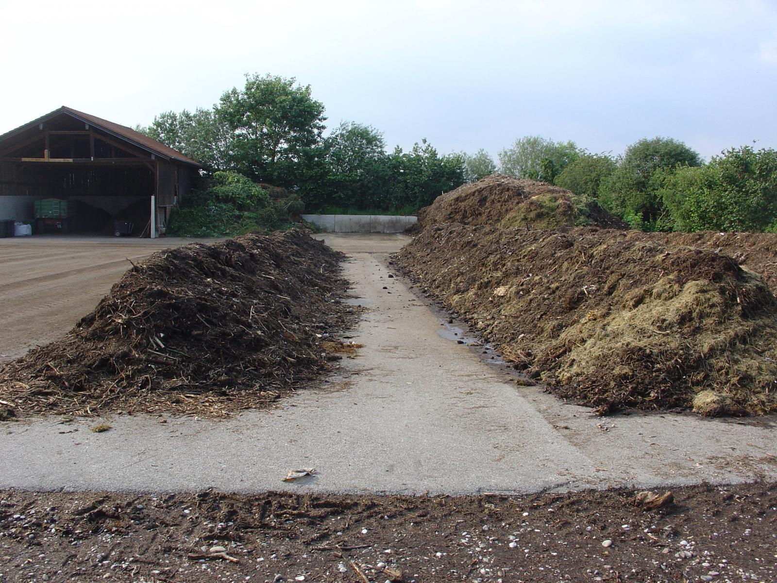 Kompostiranje sa primenom Unikera